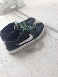 Nike board shoes (Size 10 Mens)