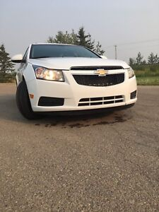 2011 chevy cruze 1.4 turbo (low kms)