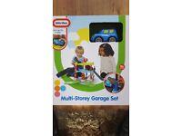Kids toy garage set brand new