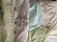 Olive and Henri crib set