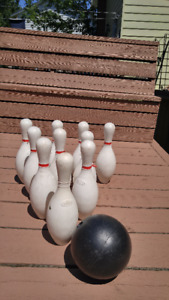 Outdoor Jumbo Bowling Set