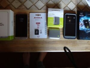 LG G5 For Sale (Lifeproof, CAM Plus, and 64GB memory included)