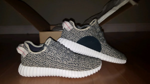 Adidas Yeezy 350 Boost Turtle Dove Size 9 US