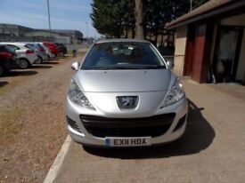 PEUGEOT 207 1.4 S HDI 5d 68 BHP 1 OWNER FROM NEW (silver) 2011