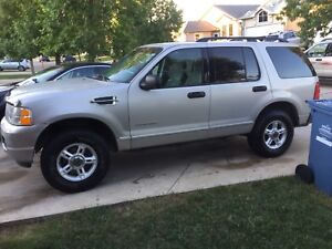 2004 FORD EXPLORER 4X4 CLEAN TITLE