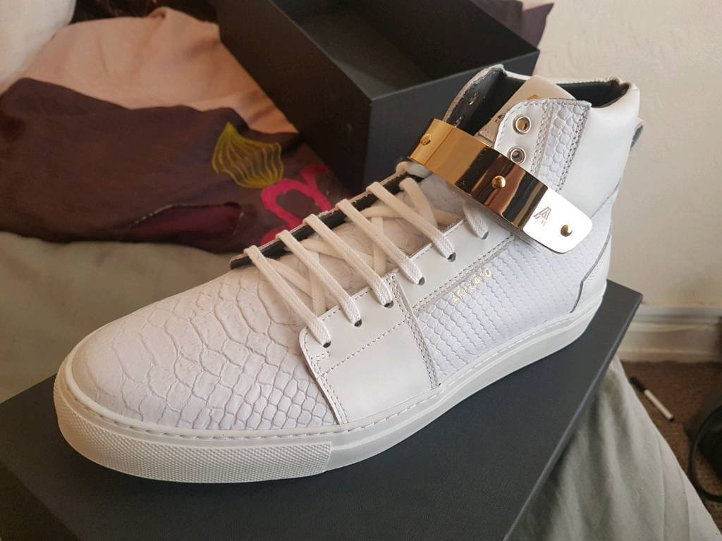 Axel Arigato Designer Shoes UK10in Hull, East YorkshireGumtree - Brand new untouched Axel Arigato designer high tops originally worth around £200, not a mark on them they were just too small for me
