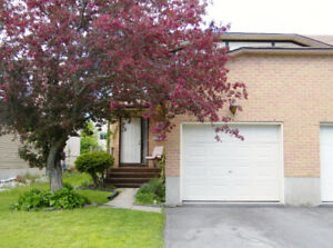 NEW SEMI LISTING! (23 Clearfield Cres, Kingston