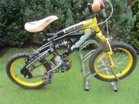 boys 16inch wheeled action man bike suit age around 5yrs old £20.00