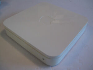 Apple Airport Extreme Wireless N Router