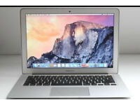 Apple MacBook Air - i5 - 8gb Ram - 128gb SSD - with keyboard and mouse and applications!