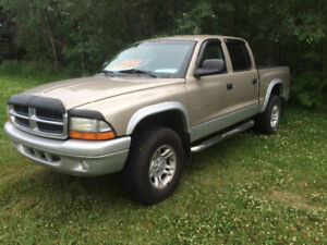 2002 Dodge Dakota SLT Pickup Truck