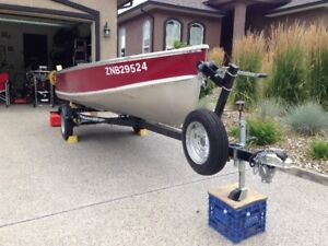 14ft Fishing Boat with 20hp Motor