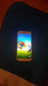 Sansung Galaxy S4  / 16 GIGS/ Unlocked