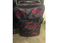 Butterfly print lightweight suitcase