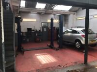 MECHANIC / MOT TESTER