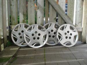 "Cap de roues 15"" Mazda"