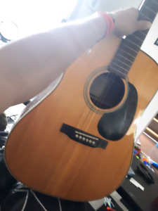 RECORDING KING DREADNAUGHT ACOUSTIC GUITAR
