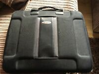 "16"" samsonite laptop case with strap"