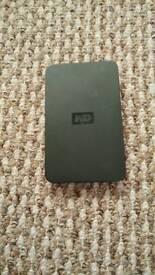 """Western Digital 320GB External 2"""" USB 2.0 Hard Drive"""