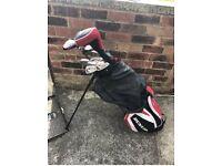 MEN Dunlop red Golf Set. 10 Irons, 3 Drivers, 1 Putter