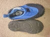 Boys size 8 beach shoes
