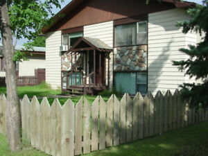 ALL 3 BEDROOM 4-PLEX FOR SALE ON EAST HILL LARGE SUITES