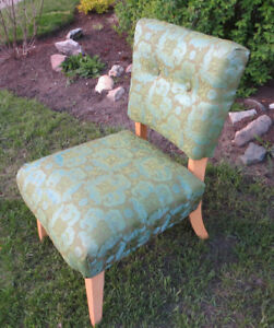 VINTAGE RETRO 1950's HOSTESS SIDE CHAIR