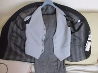 Sergio Valentino 3 Piece Suit