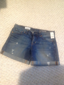 Gap shorts brand new blue jeans with rips