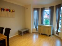 Large 1-bed flat in the heart in Didsbury