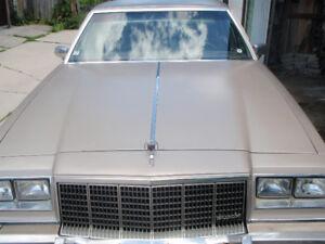 RARE 1983 Buick Electra Park Avenue - 5.0L V8 RWD