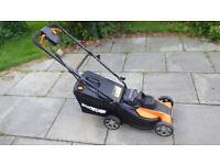 Lawnmower - Worx cordless lawnmower plus two batteries