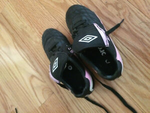 GIRLS PINK UMBRO SHOES (SIZES 1 and 2) - USED ONLY ONE SEASON!