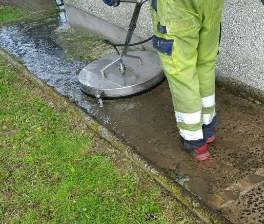 Blackmountain Pressure Cleaning