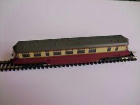 "Bachmann Graham Farish GWR diesel railcar in British Railways ""blood and custard"" livery."