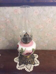 Vintage NuStyl Oil Lamp