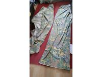 4 pairs of lined curtains inc blackout