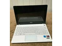 "Asus X102B 10.1"" laptop - Touch screen and keypad. 2 in 1"