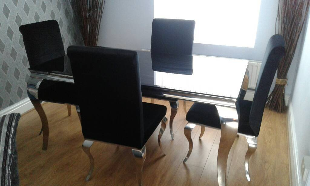 Louis Black Dining Table And Four Chairs Velvet Chrome Legs
