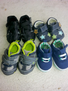 Toddler boys shoes.