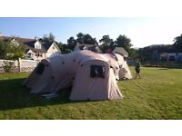6-9 man family tent 3 seperate bedrooms. Also comes with matching carpet and windbreak.