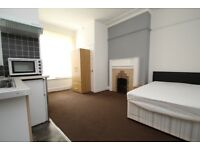 Studio - ALL BILLS INCLUDED - WIFI - ENSUITE - CLOSE TO ROYAL INFERMARY