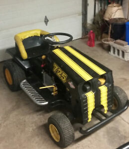 Racing lawn mower