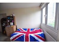 ** LOVELY ROOM AVAILABLE IN LATIMER ROAD **