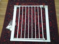 Stair gate Safety first make and pressure fit