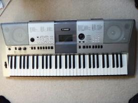 Electric Keyboard, Yamaha PSR-E413 - Used/Good Condition
