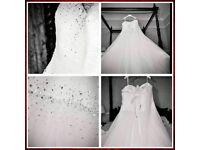 Stunning wedding dress for sale......