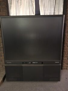 Flat screen TV - Great for Students