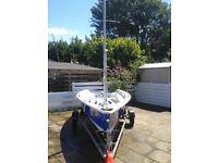 Laser 2000 Sailing boat