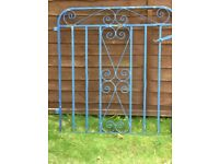 Metal gate suitable for pathway or garden